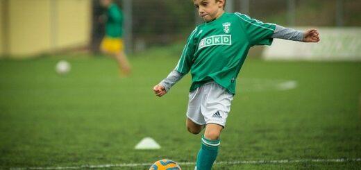 enfant au foot
